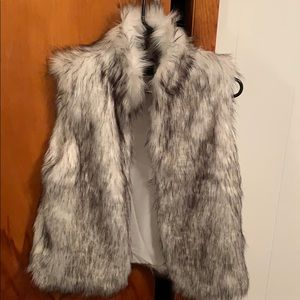 White fur vest worn once